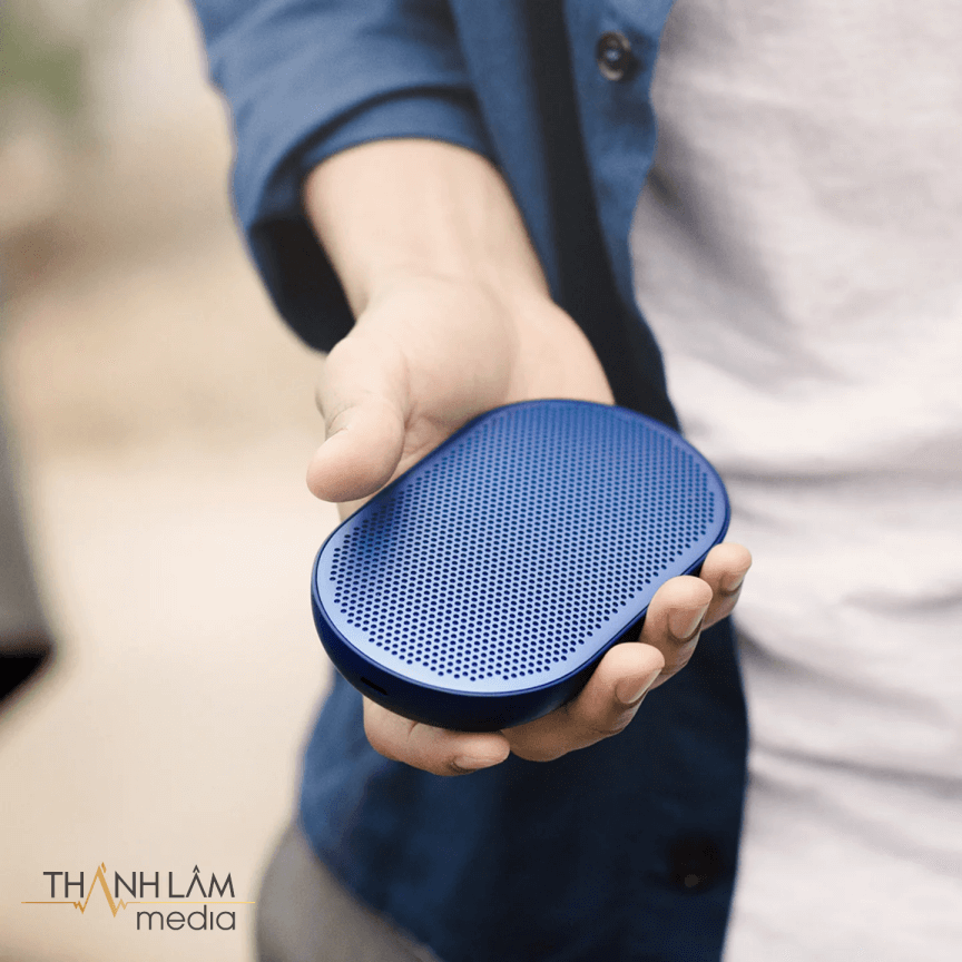 Loa B&O P2 Bang & Olufsen Beoplay P2 Royal-Blue 1