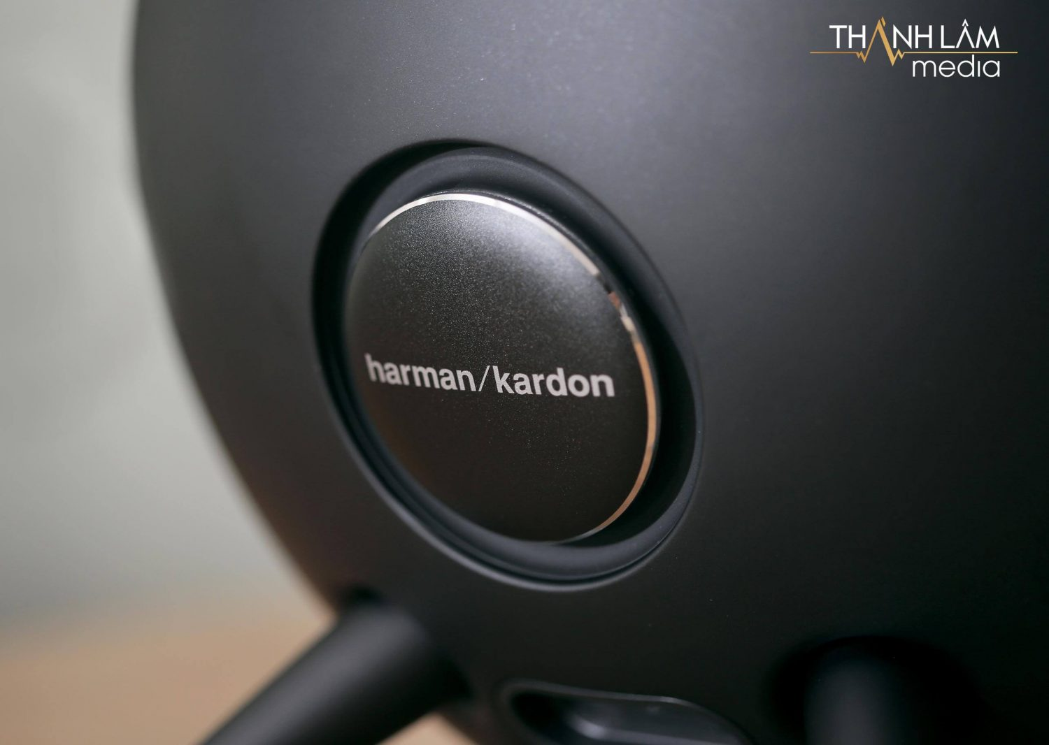 So sánh Harman Kardon Onyx Studio 4 và 5