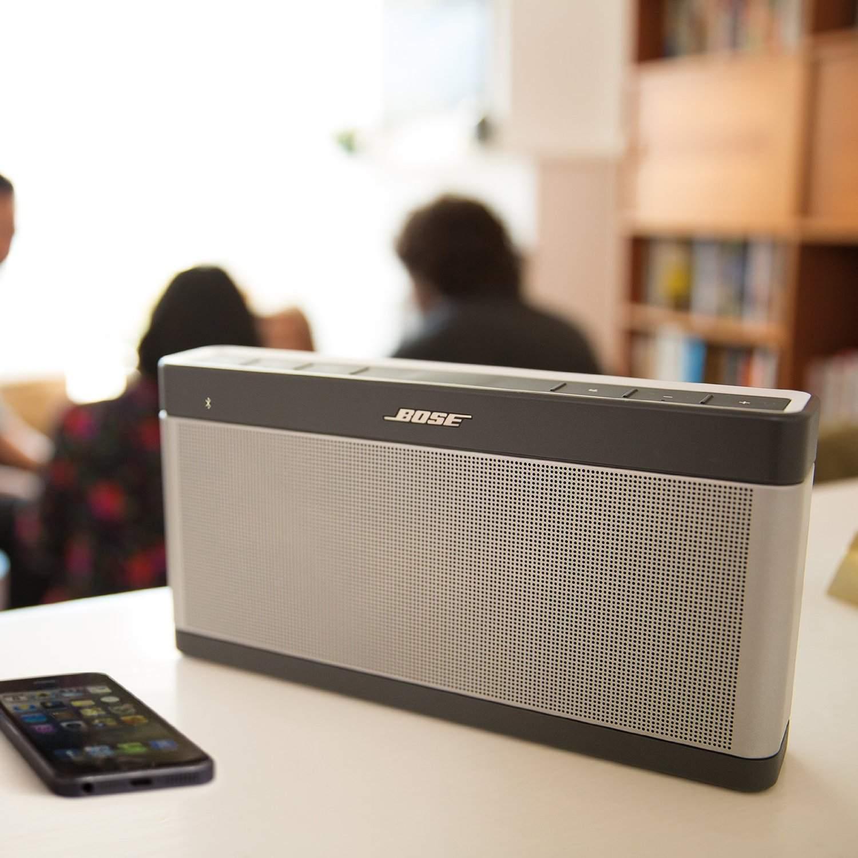 1. Bose SoundLink Bluetooth III